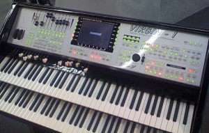Die Virgin 1, die Linux-Orgel von Liontracs