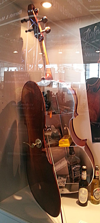 Cello mit Inhalt? Oder einfach nur eine SINNVOLLE Benutzung für Bratschen?