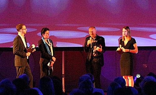 Jury und Moderation: Auf der Bühne zwei Doppelspitzen.